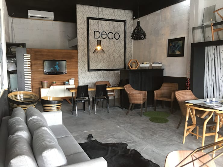 Modern offices & stores by DECO Designers Modern