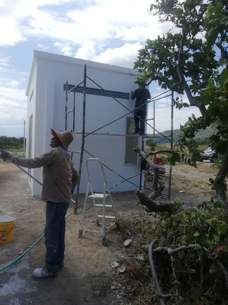 Mantenimientos locativos: Casas unifamiliares de estilo  por Globo Natural