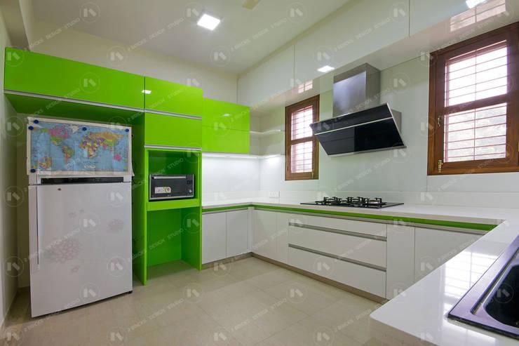 Kitchen by 2 Bricks Design Studio