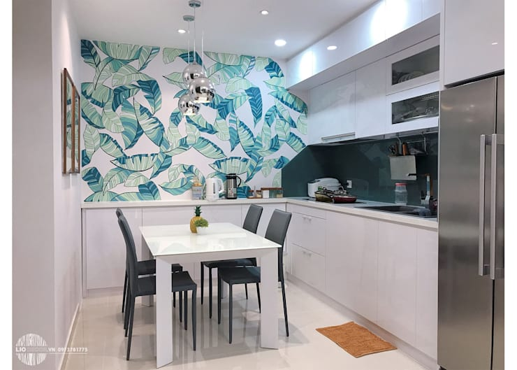 Bếp:  Dining room by Lio Decor