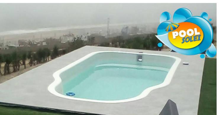 Piscina Alessandra: Piscinas de jardín de estilo  por Pool Solei,