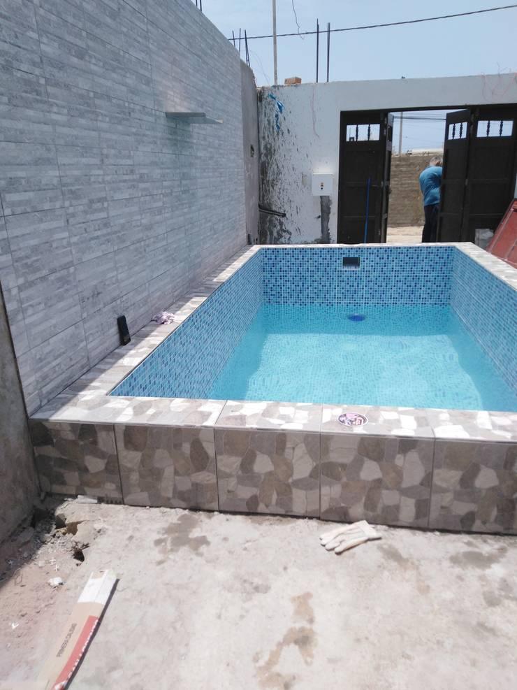 Piscina: Piscinas de jardín de estilo  por Pool Solei