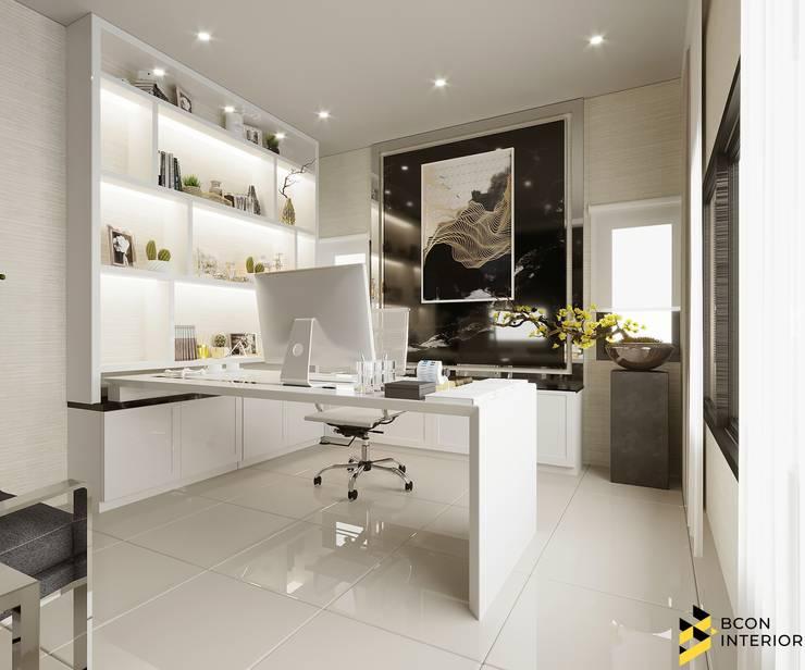ผลงานการออกแบบตกแต่งภายในบ้านพักอาศัย:  ห้องทำงานและสำนักงาน by Bcon Interior