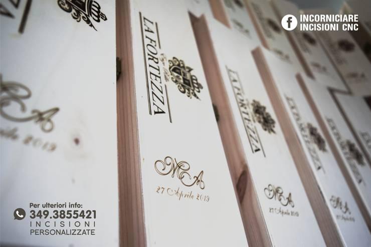Cassette Vino Porta Bottiglie Personalizzate : Sala da pranzo in stile  di INCORNICIARE