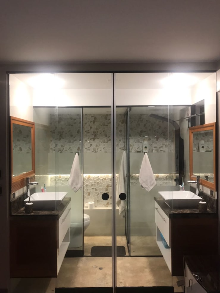 Baño para dos: Baños de estilo  por Actio arquitectos,