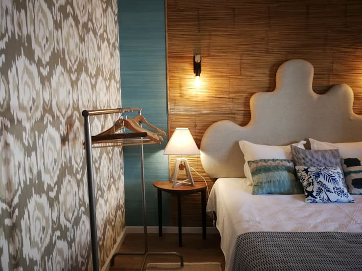 Small bedroom by Atelier  Ana Leonor Rocha , Eclectic