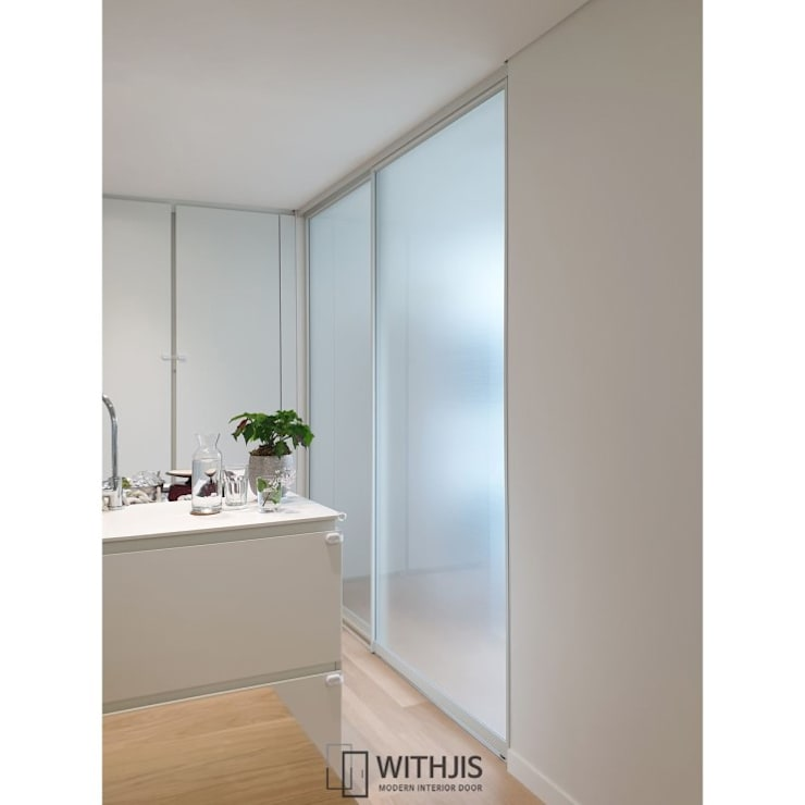 Patios & Decks by WITHJIS(위드지스), Modern Aluminium/Zinc