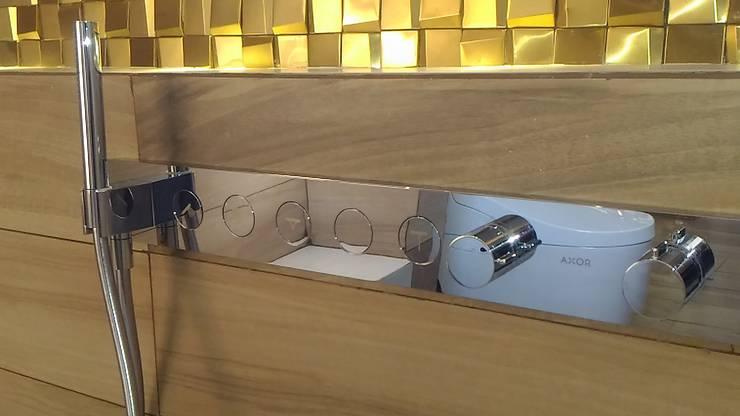 Control de ducha Axor: Baños de estilo  por CAMALEON DISEÑOS, Minimalista
