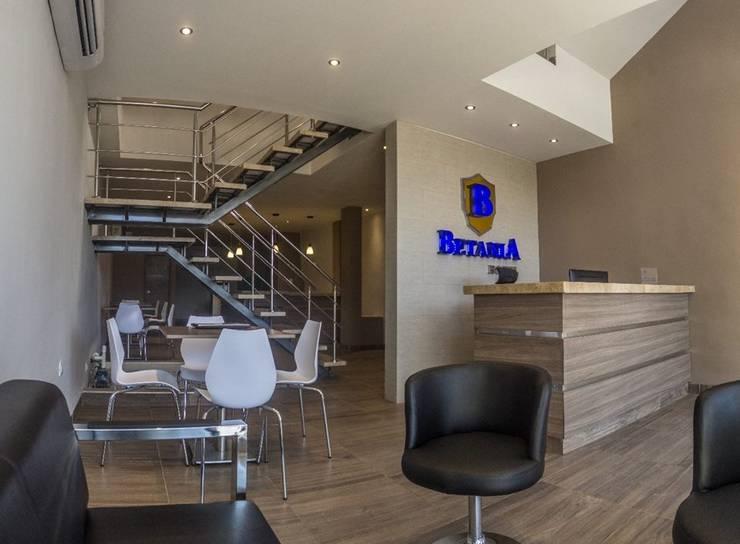 remodelacion completa: Hoteles de estilo  por CAMALEON DISEÑOS, Minimalista