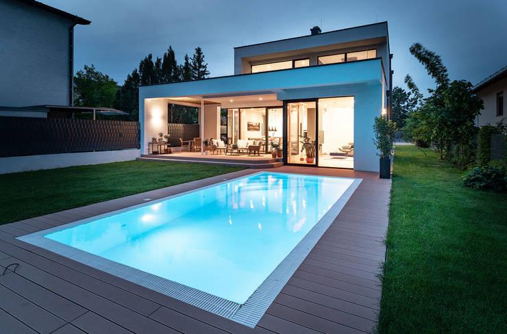 Pool und Garten und modernes Haus Moderne Pools von AL ARCHITEKT - in Wien Modern