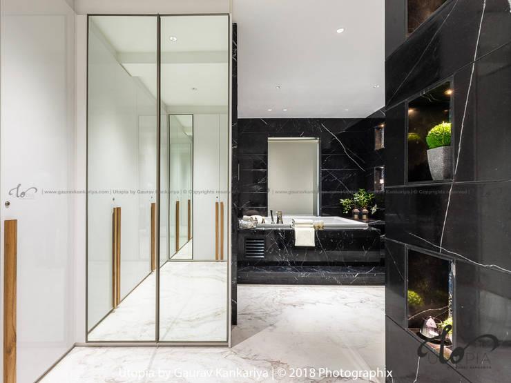 Closets de estilo moderno de Utopia by Gaurav Kankariya Moderno