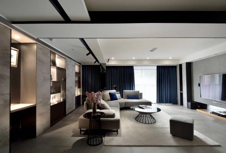 Salon de style  par 星葉室內裝修有限公司