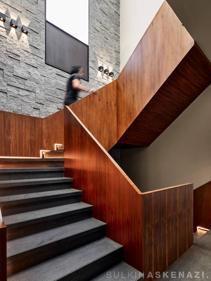 Stairs by Sulkin Askenazi, Modern