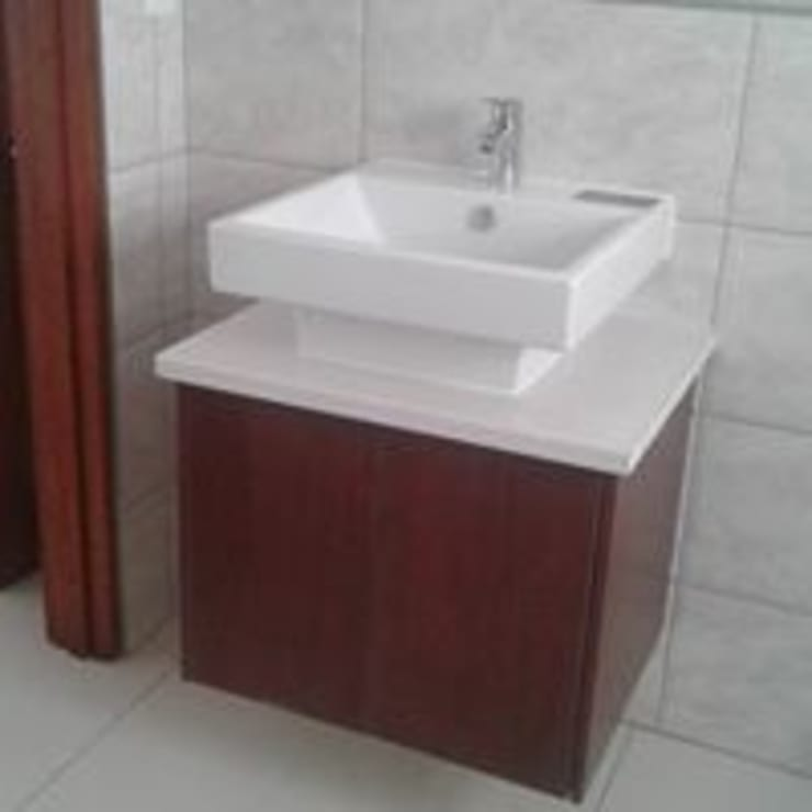 classic  by Pulse Square Constructions, Classic