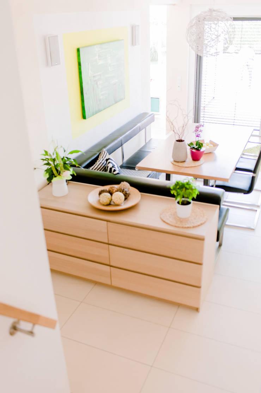 Moderner Essplatz Moderne Esszimmer von T-raumKONZEPT - Interior Design im Raum Nürnberg Modern Holz Holznachbildung