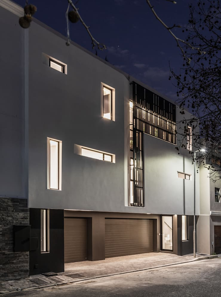 152 Waterkant :  Houses by GSQUARED architects
