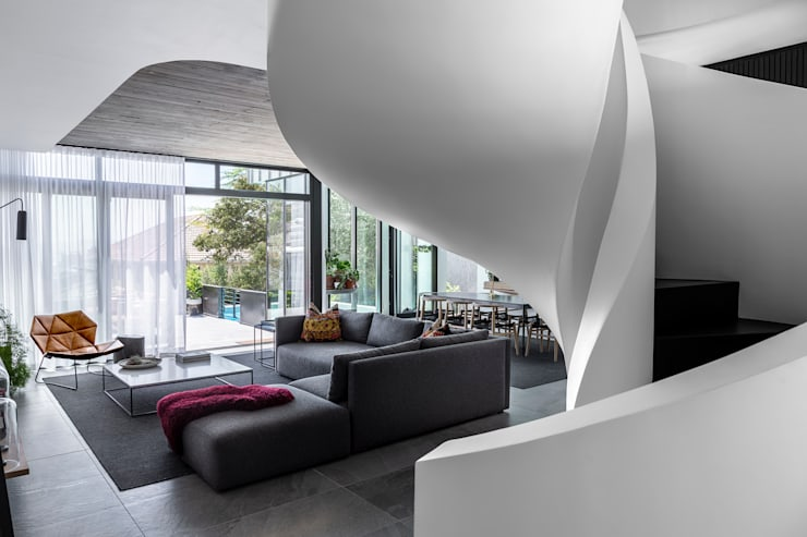 SM 37 :  Living room by GSQUARED architects,