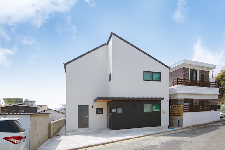 Maisons préfabriquées de style  par 공간제작소(주), Moderne