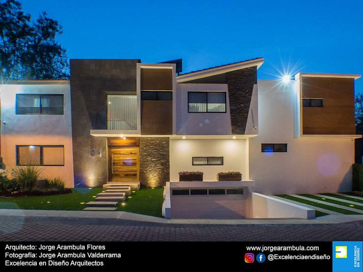 Casa Lagos 94: Casas unifamiliares de estilo  por Excelencia en Diseño,