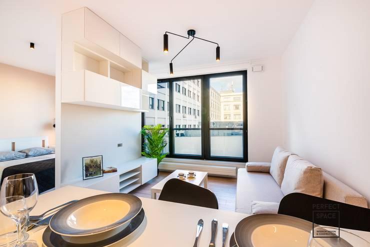 Minimalist dining room by Perfect Space Minimalist