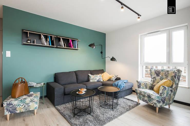 OŻYWIAMY KOLOREM! Modern living room by KODO projekty i realizacje wnętrz Modern