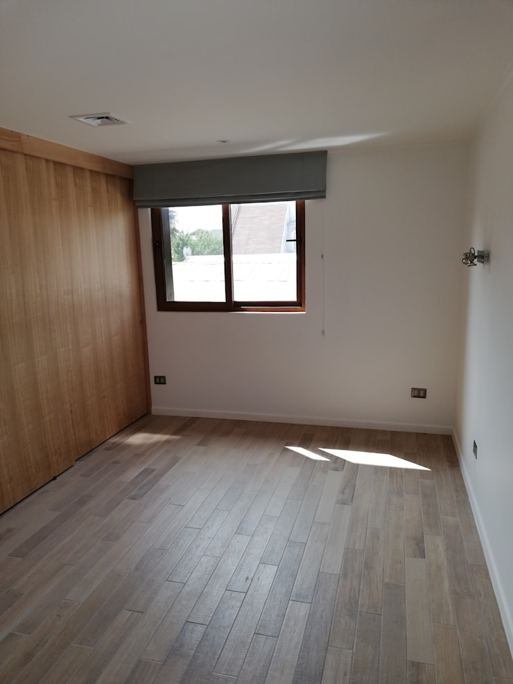Dormitorio Secundario: Dormitorios pequeños de estilo  por Remodelaciones Santiago Eirl