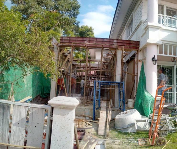 ต่อเติมบ้าน2ชั้น:  บ้านเดี่ยว by ก.ศรีก่อสร้าง