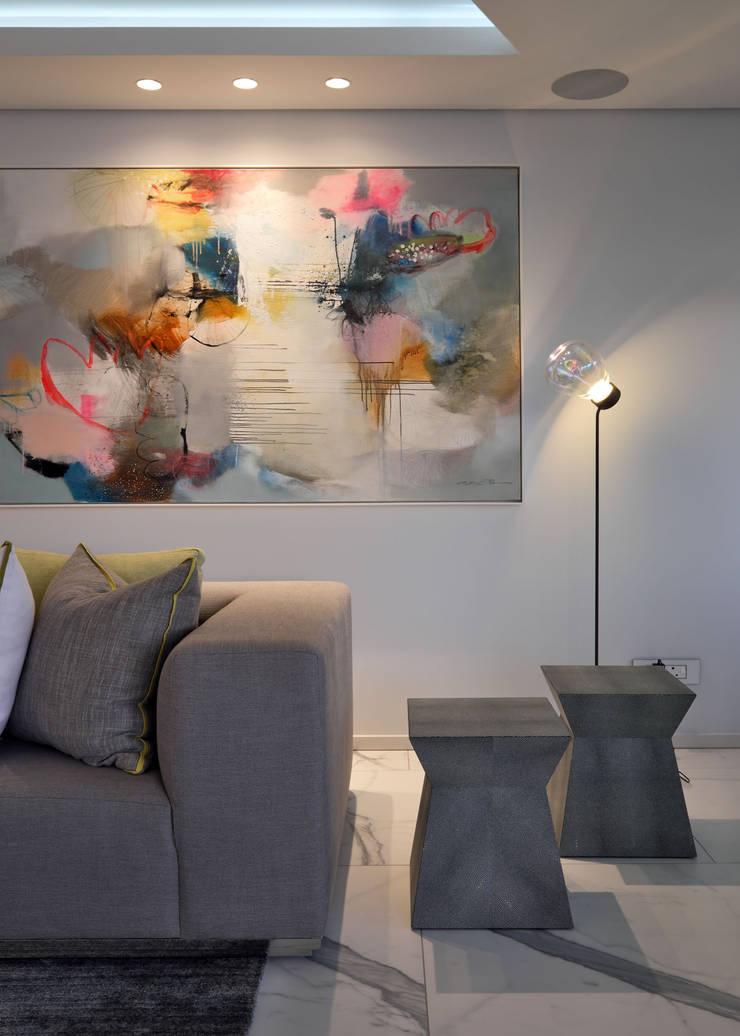 ห้องนั่งเล่น โดย KMMA architects, โมเดิร์น