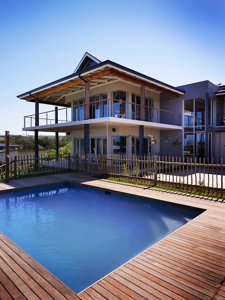 House in Simbithi, Ballito:  Houses by John Smillie Architects, Modern