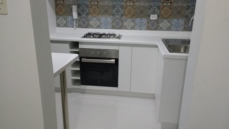 Cocina: Cocina de estilo  por Alicia Ibáñez Interior Design