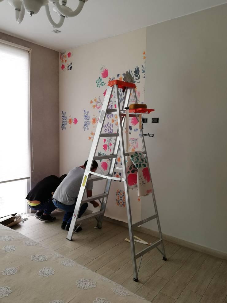 """Decoración dormitorio Mujer """"ANTES"""":  de estilo  por Alicia Ibáñez Interior Design,"""