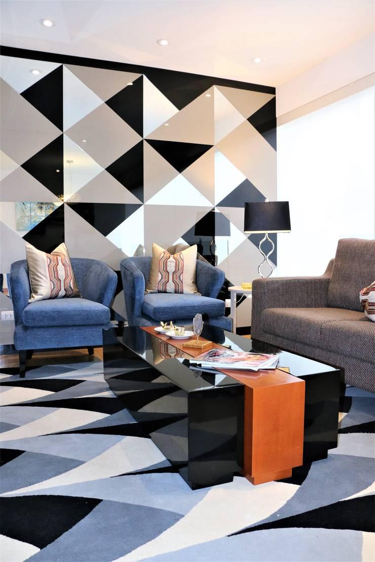Proyecto SC: Salas / recibidores de estilo  por Mario Ramos,