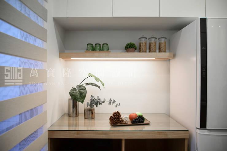 福馨建設-優活II/禾雅. Nordic:  廚房 by SING萬寶隆空間設計,