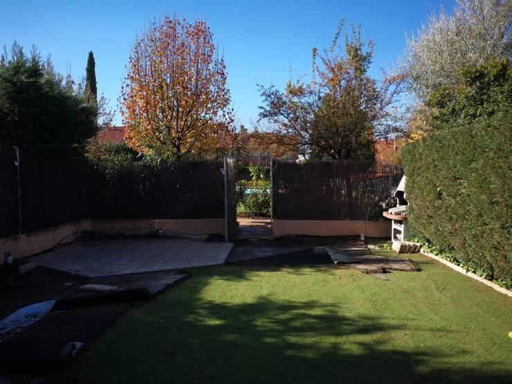 Jardín antes de la rehabilitación de Almudena Madrid Interiorismo, diseño y decoración de interiores Mediterráneo