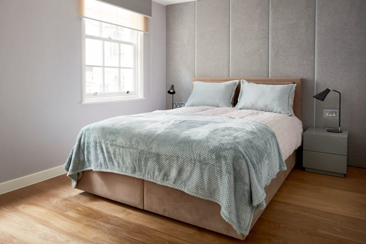 Luxurious ensuite bedrooms:  Bedroom by Urbanist Architecture,