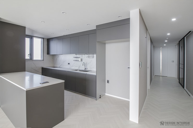 동탄인테리어 메타폴리스 40평대 주상복합 아파트인테리어 by.n디자인인테리어 : N디자인 인테리어의  주방,