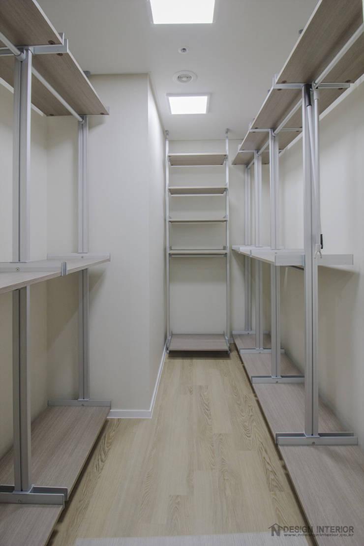 동탄인테리어 46평 동탄메타폴리스 주상복합 아파트인테리어 by.n디자인인테리어 : N디자인 인테리어의  방,