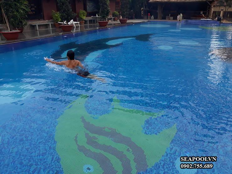 gia thi cong be boi chuyen ghiep:  Garden Pool by seapoolvn, Classic Reinforced concrete