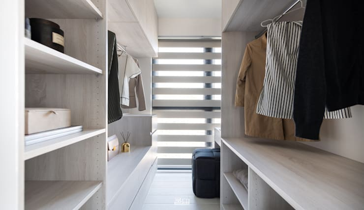 更衣室 Minimalist dressing room by 邑田空間設計 Minimalist