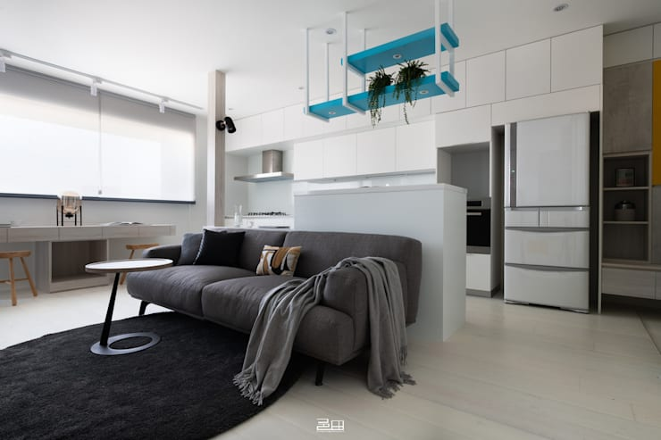 客廳 Minimalist living room by 邑田空間設計 Minimalist