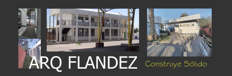 Fachadas exteriores, modernas blancas: Casas unifamiliares de estilo  por Flandez