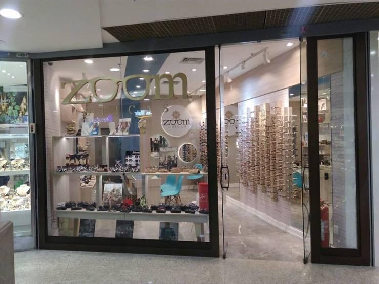 Vitrine - frente da loja Lojas & Imóveis comerciais modernos por Izabella Biancardine Interiores Moderno