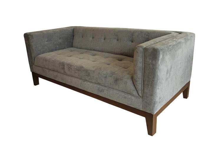 conca sofa : Living room oleh viku,