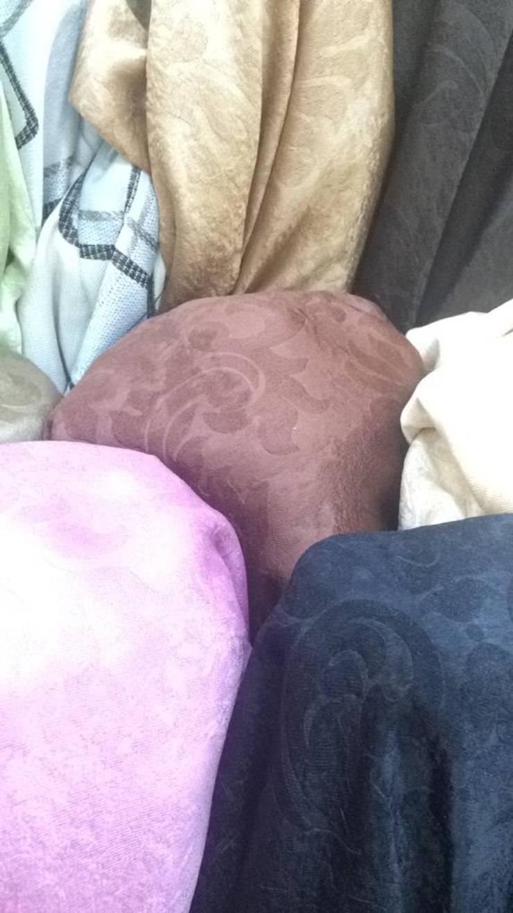 ผ้าม่านกันUV สีพื้น พื้นผิวผ้ามี Texture ทอลายในตัว เนื้อเงาและด้าน หน้ากว้าง 2.80 เมตร ดูมีมิติ:  ตกแต่งภายใน by Fabric Plus Co Ltd