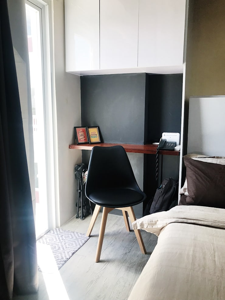 27.12 Residence:  Study/office by Plus Zero Two Design Studio