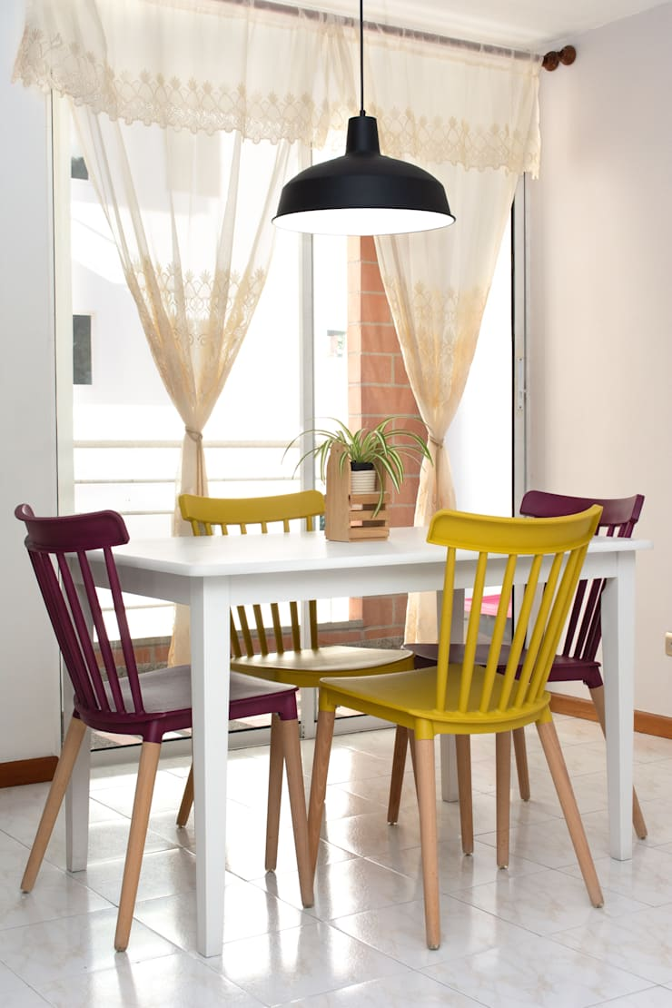 Eclectic style dining room by Decó ambientes a la medida Eclectic