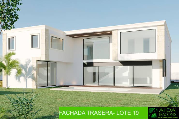 Casas de estilo  de AIDA TRACONIS ARQUITECTOS EN MERIDA YUCATAN MEXICO, Clásico