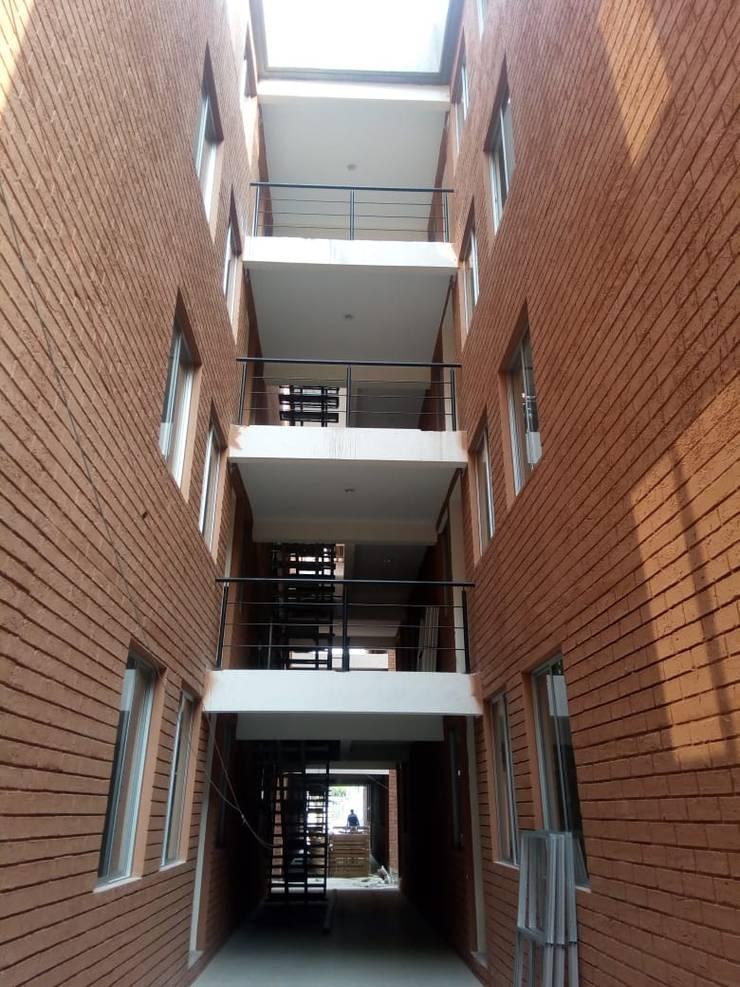 Casas de estilo  por Dic Arquitectos