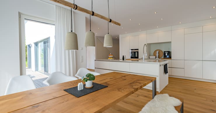 ห้องทานข้าว โดย Bau-Fritz GmbH & Co. KG, โมเดิร์น