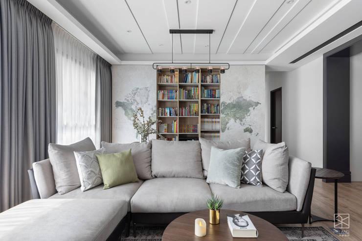 客廳與書房:  書房/辦公室 by 禾廊室內設計,
